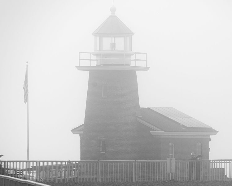 Santa Cruz lighthouse on a foggy morning